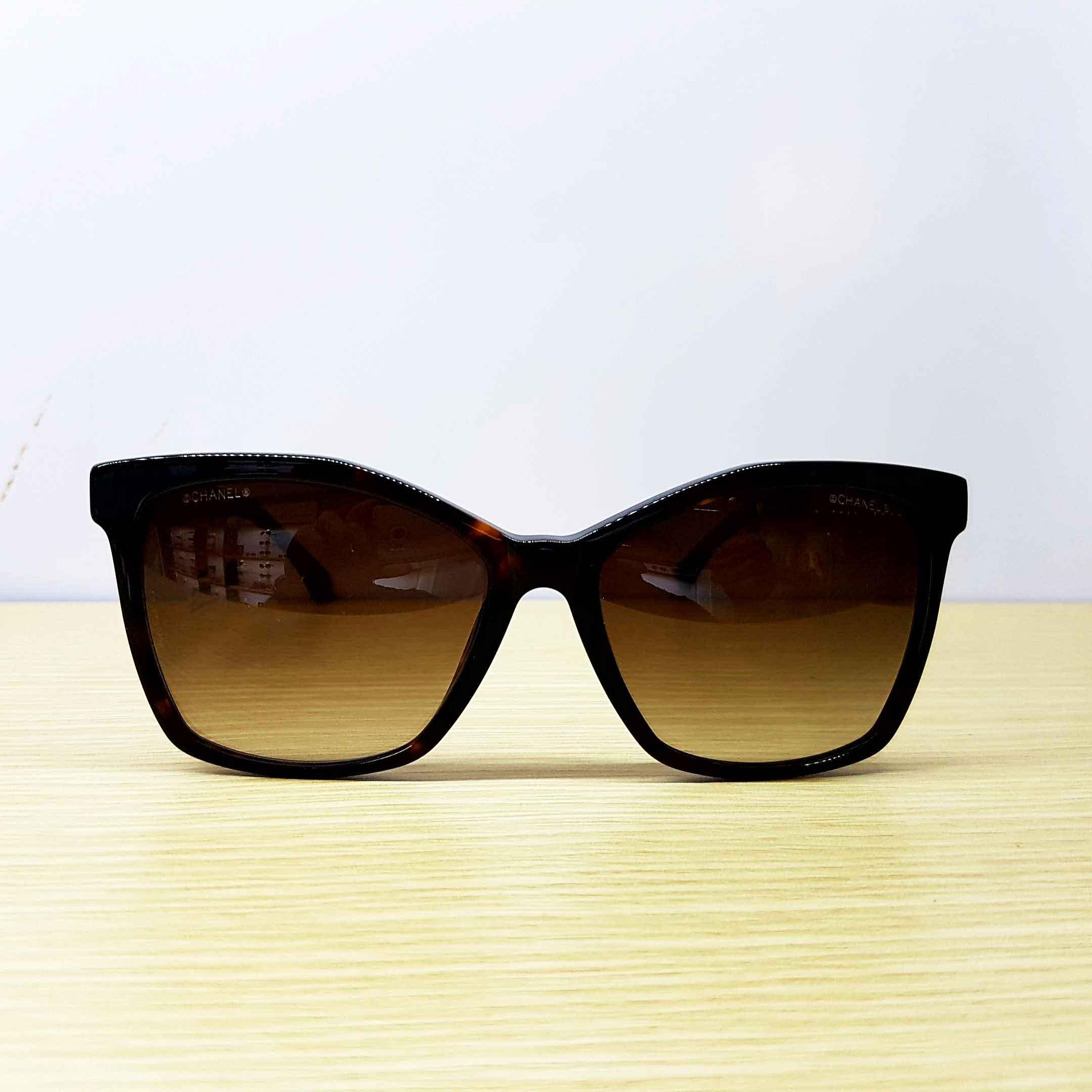 Chanel 5374 2